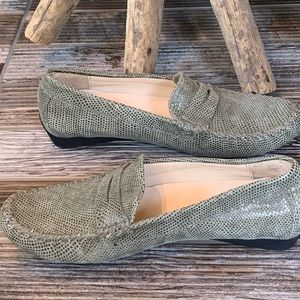 Via Neroli Green Leather Driving Penny Loafers